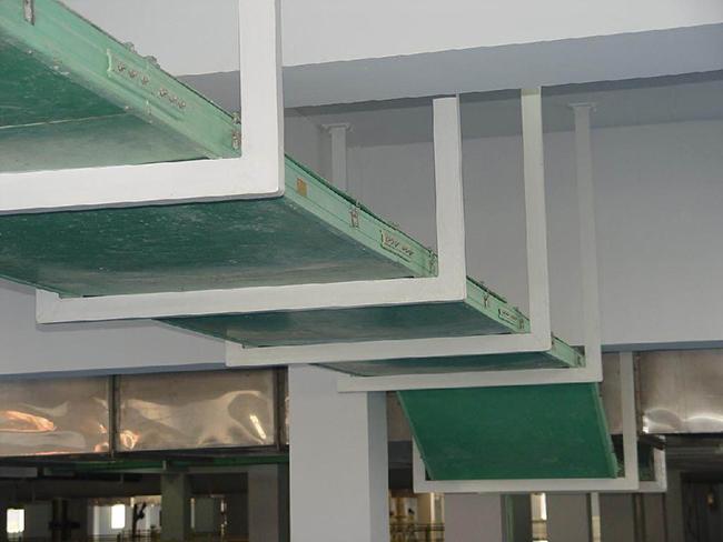 重庆福耀玻璃运用桥架